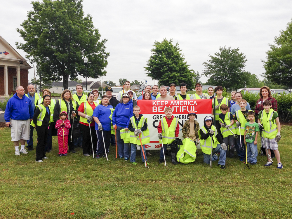 Fairview Chamber Litter Cleanup Group.jpg